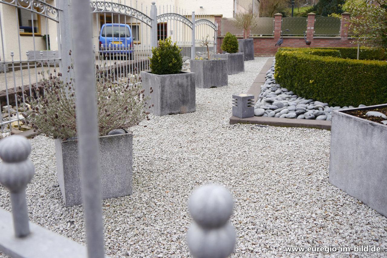 Gartengestaltung Mit Kies Und Steinen Euregio Im Bild